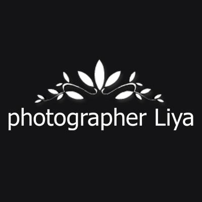 Logo for Liya